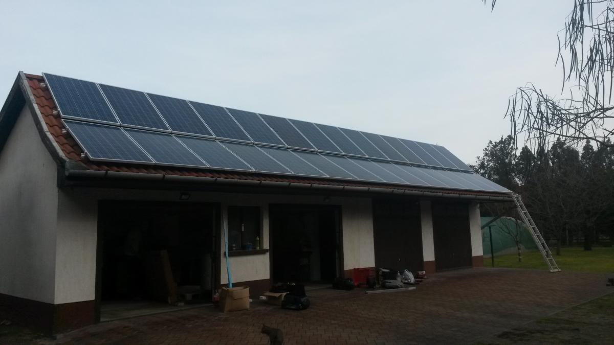 7,28 kW. Bauer napelem és SMA inverter.